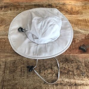 Columbia Omni shade sun hat one size khaki